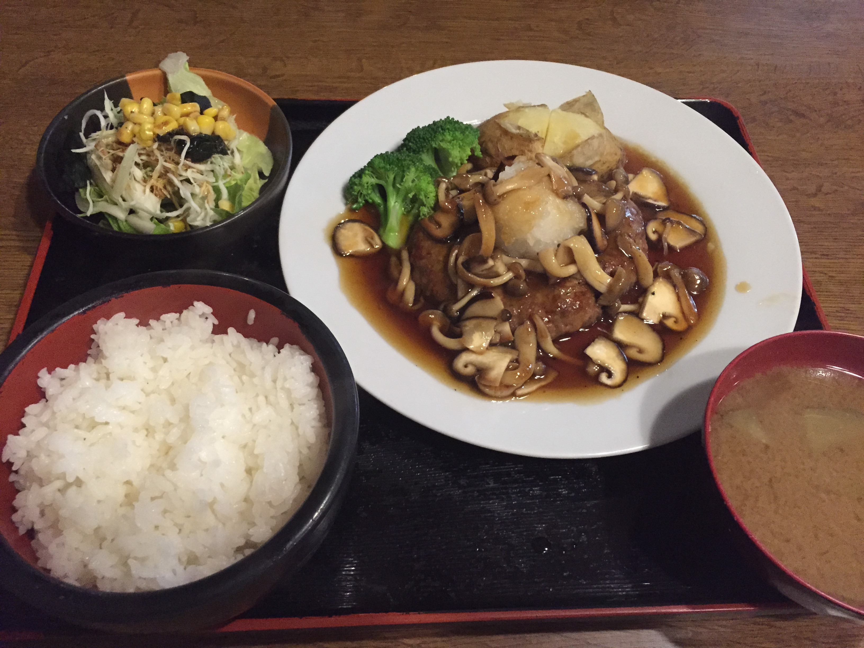 http://www.uenomura.ne.jp/blog/photonews2/IMG_2244.JPG
