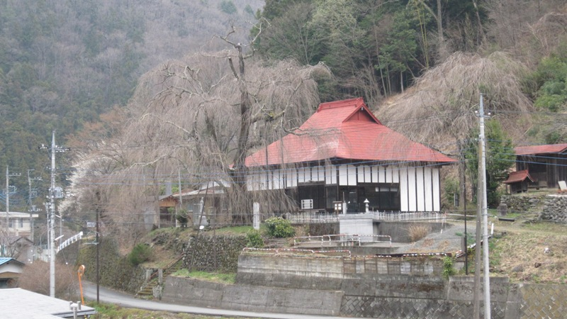 http://www.uenomura.ne.jp/blog/photonews2/IMG_311901.jpg